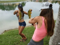 006HOT GIRLS who Love FISHING TOO MUCH-min